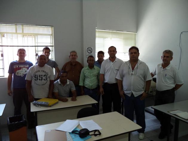 Fiscais de Obras, Posturas, Ambientais e Sanitários em reunião com Natanael