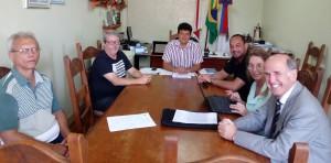 Reunião de representantes do Sintramfor com o prefeito e secretários, na última sexta-feira